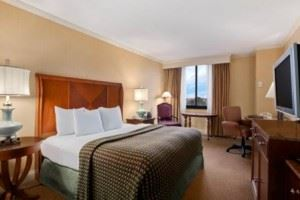 DoubleTree guest room with king bed
